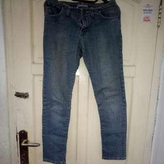 Celana Jeans Panjang Size L