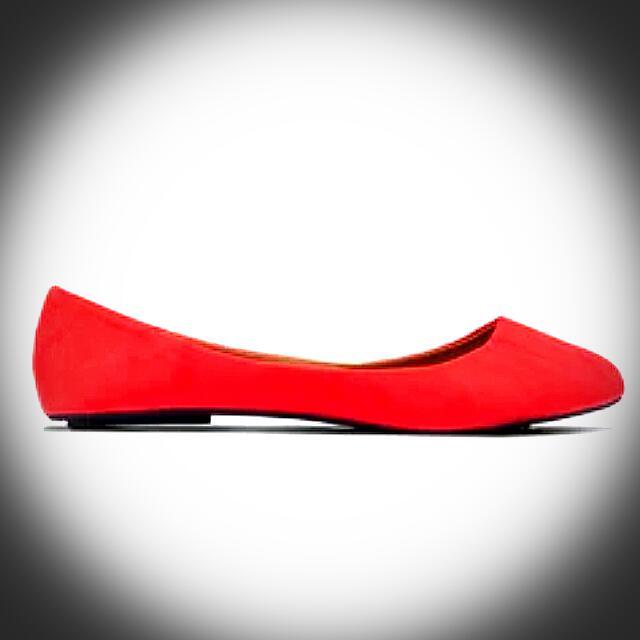 簡約紅色娃娃鞋
