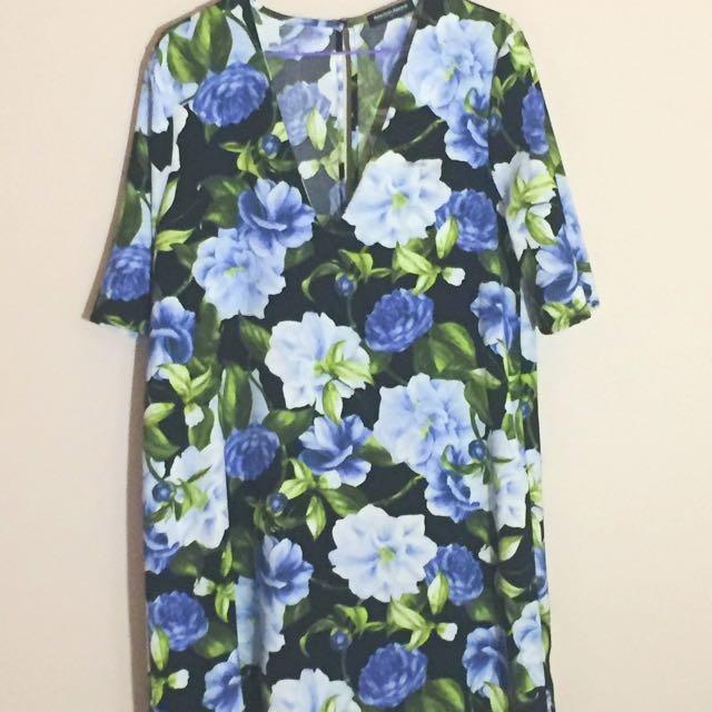 American Apparel Floral Sleeve Dress