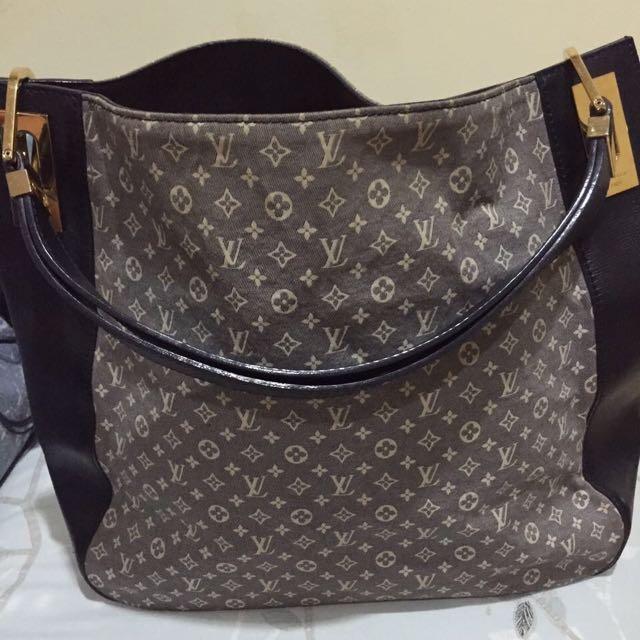 Authentic Louis Vuitton Bag 2012