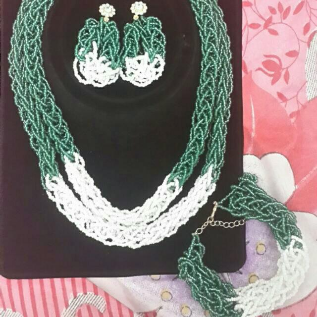 Beaded Necklace with matching earrings