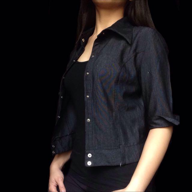 Black 3/4 Sleeved Blazed