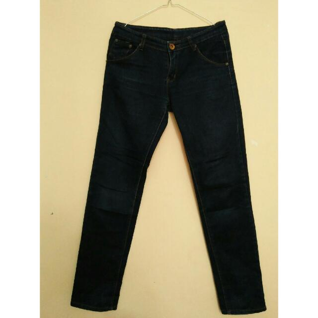 Celana Jeans (dark)