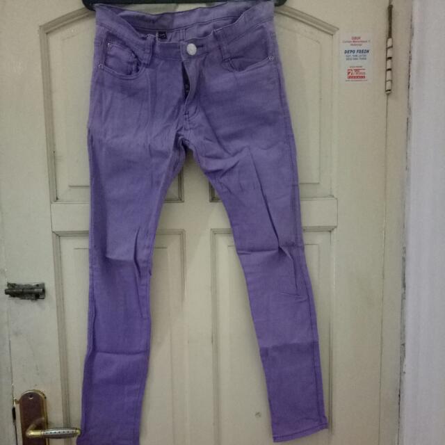 Celana Jeans Streat Warna Ungu