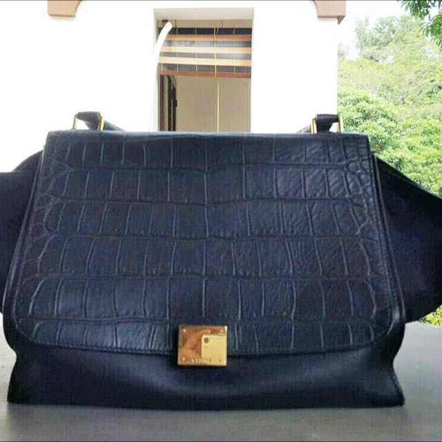 celine trapeze medium 2011 with original dustbag and card