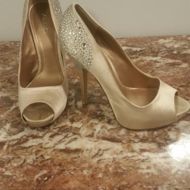 Champagne Rhinestone heels Size 41