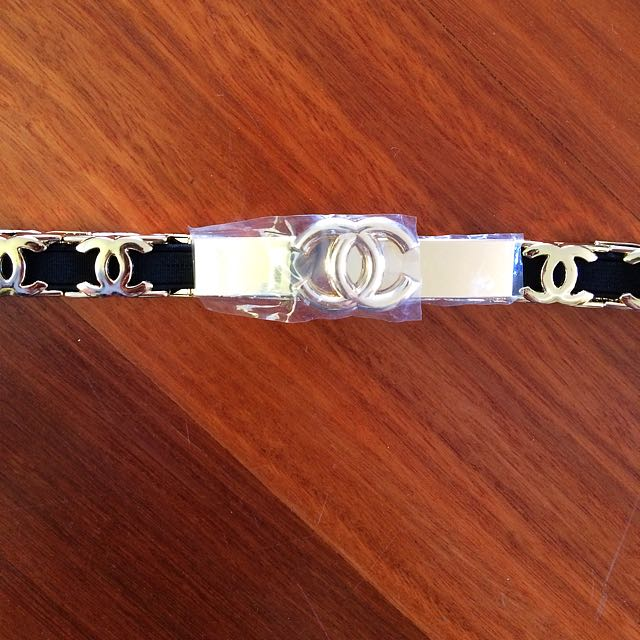 Chanel Black And Gold Stretchy Belt Small Size