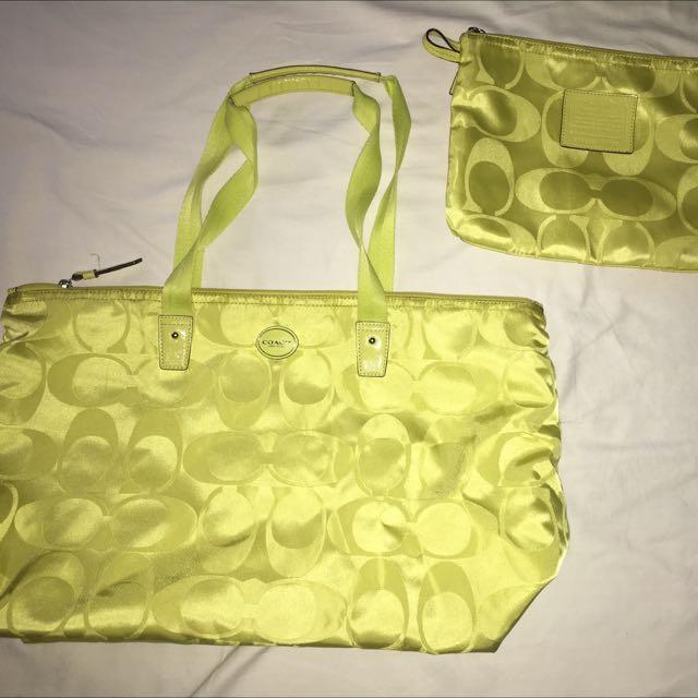 COACH Packable medium size