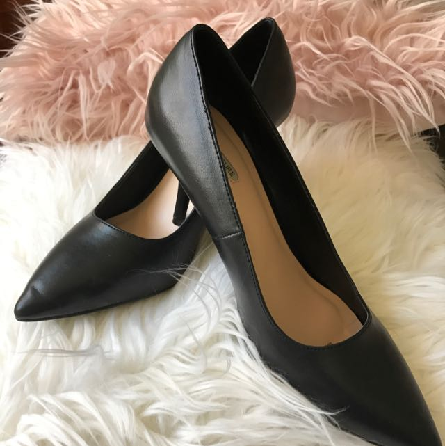 COURT COUTURE Makai Shoes - Black - Size 10