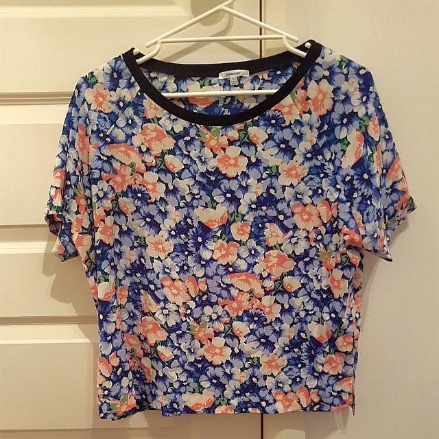 Size 12 Floral Casual Tee