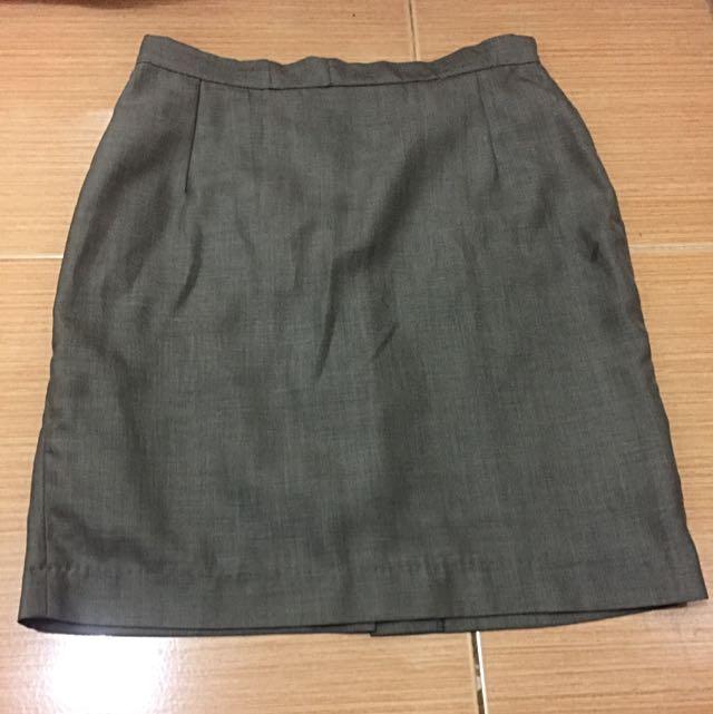 Gray Pencil Cut Skirt