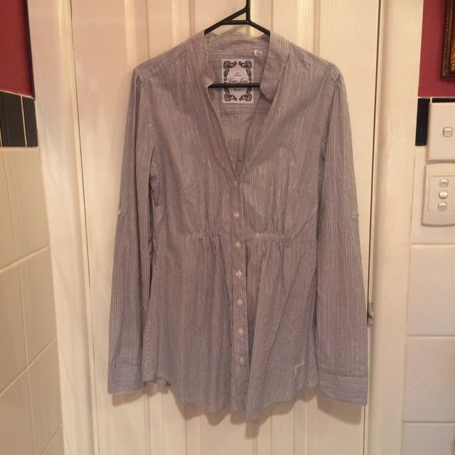 Guess Blouse With Grey And Metallic Pinstripe Medium