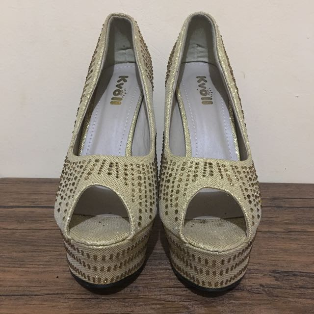 -kvoii- Open Toe Gold Heels