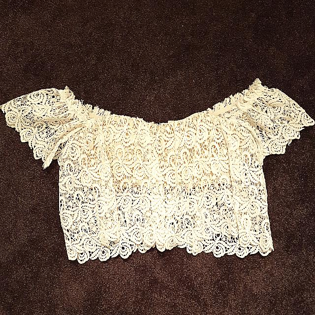 Size 10 Lace Off The Shoulder White Crop