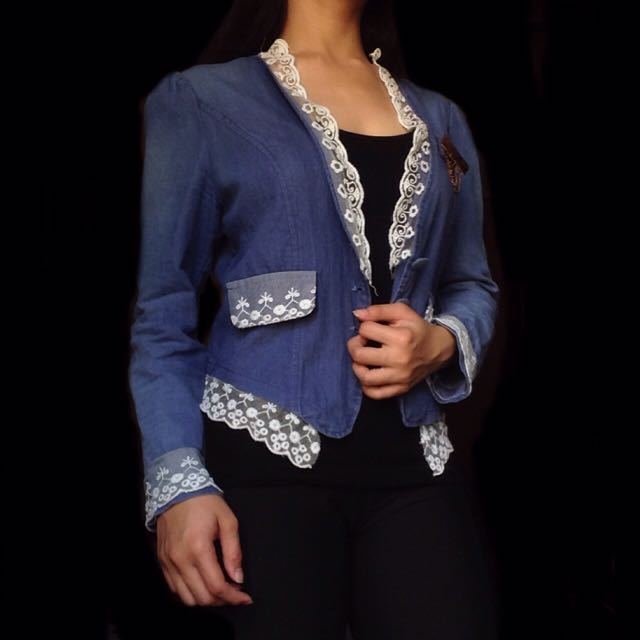 Long Sleeved Light Denim Coat With Lace