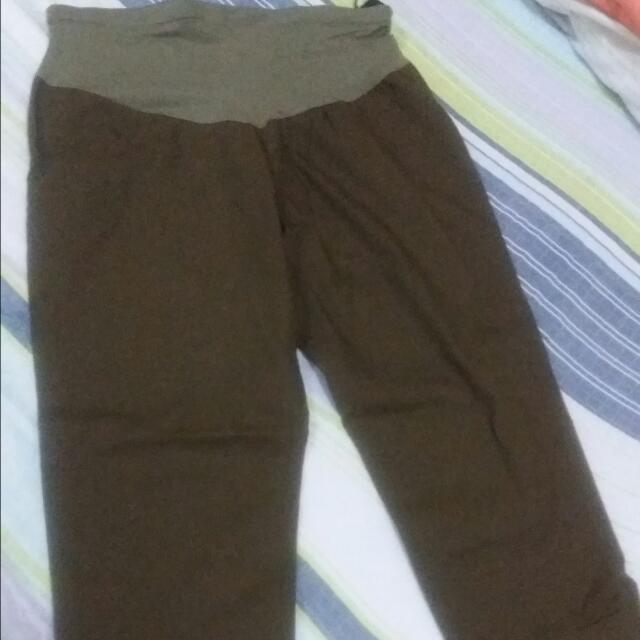 Maternity Crop Pants