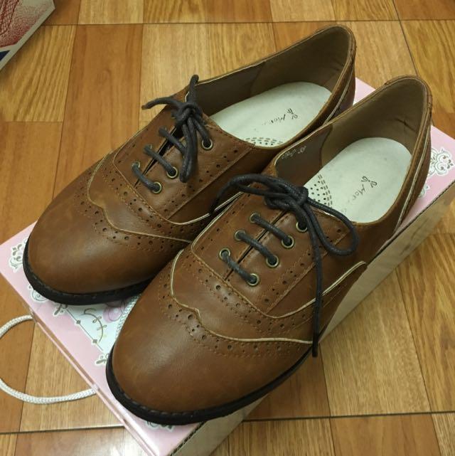 Mori Girl 精緻雕花復古牛津鞋