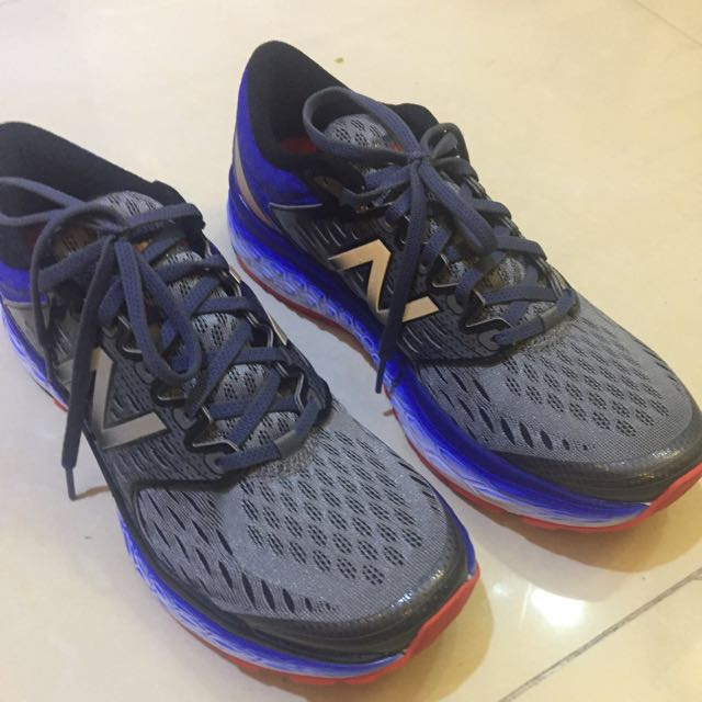 New Balance 1080 Fresh Foam Running Shoes Size 9
