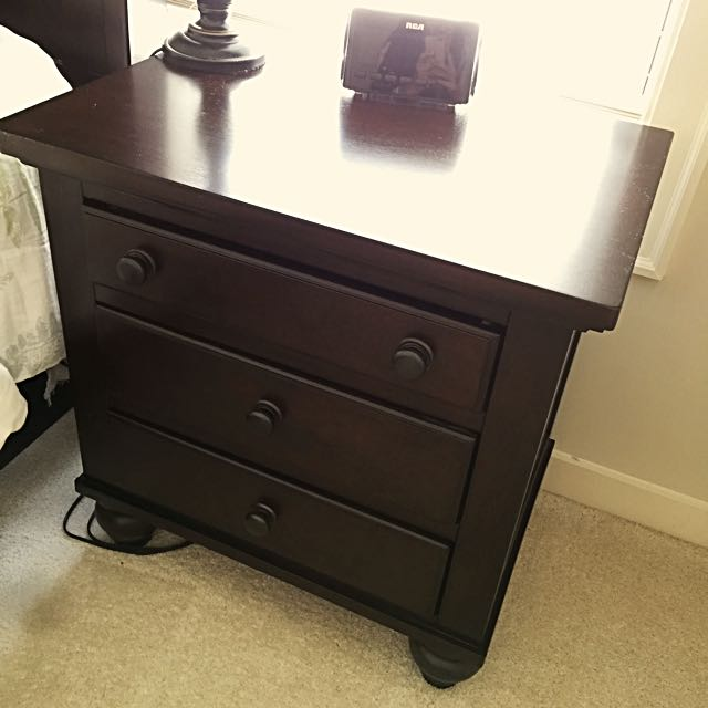 Night Stands--Signature Designed By Ashley