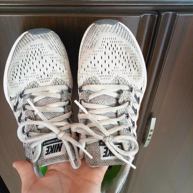 (降價)NIKE ZOOM運動鞋
