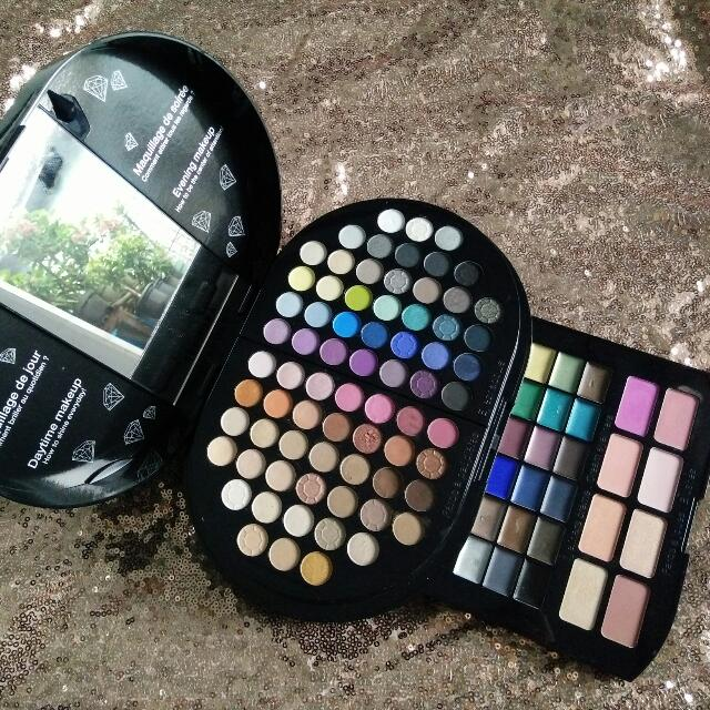 Sephora Brilliant Makeup Pallete