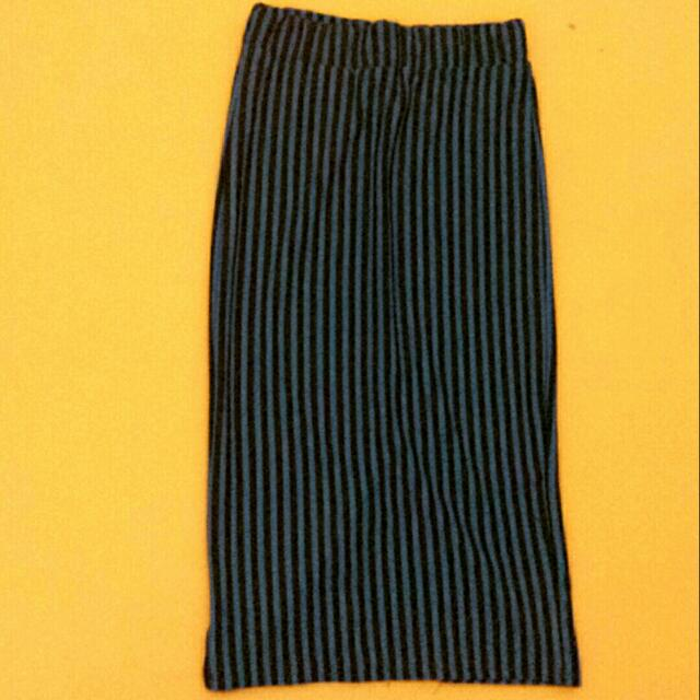 08b3e9e299 Long Skirt , Women's Fashion, Clothes, Dresses & Skirts on Carousell