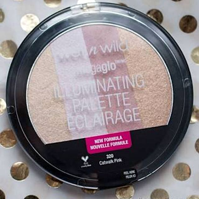 Wetnwild illuminating palette/highlighter