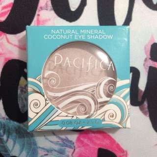 Pacifica Natural Mineral Coconut Eyeshadow