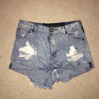 One Teaspoon Size 10 Shorts