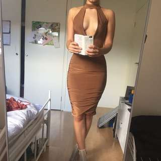 Slim Bodycon Dress With Plunge Neckline And Gathered Skirt
