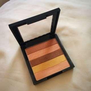 Revlon Highlighting Palette 01 Peach Glow