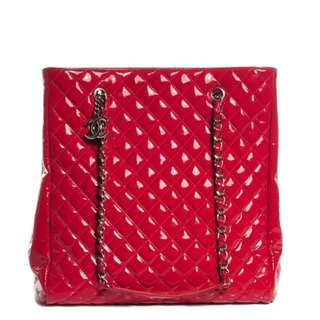 d80a1aba38f6f3 Chanel Red patent quilted shopping bag jumbo tote nt LV, prada