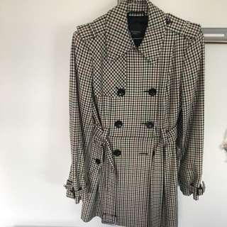 Authentic BCBG MAXMARA Weekend Trench