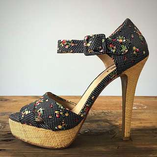 Floral Hessian Detailed Stilettos