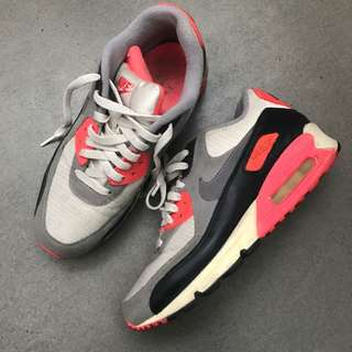 NIKE AIR MAX MULTICOLOR SIZE US 8.5
