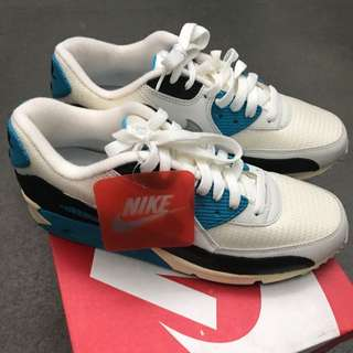 NIKE AIR MAX WHITE/BLUE SIZE US 8.5
