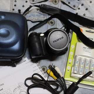 FUJIFILM S2900 類單眼 (喜歡重要,價錢可談)