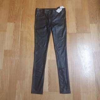日本帶回顯瘦黑色軟皮褲