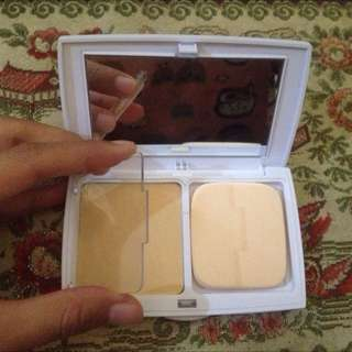 Erha Esme Twinsilk Compact Powder Shade Natural