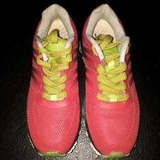 Accel Rubber Shoes