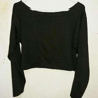 Black Long Sleeved Crop Top