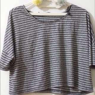 minimal stripe croptop