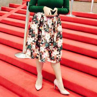 Pleated Long Floral Skirt