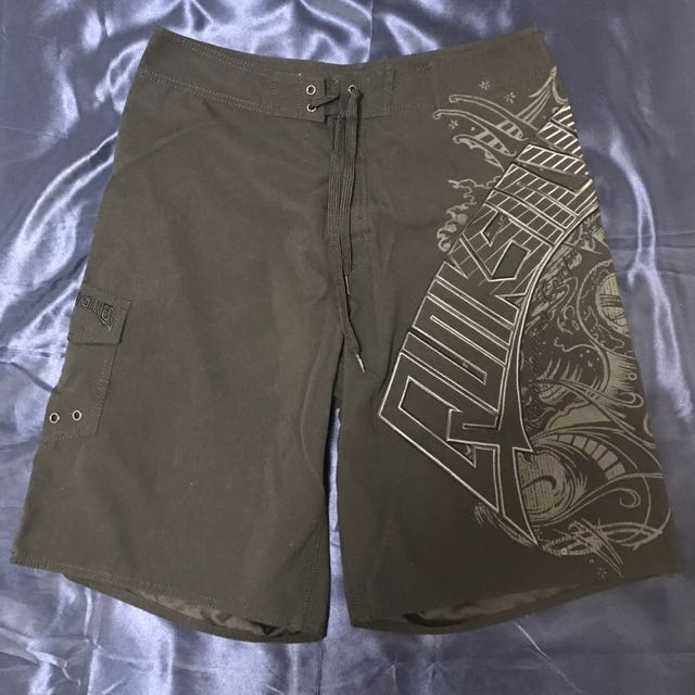 男性 QUIKSILVER 海灘褲 (七成新)