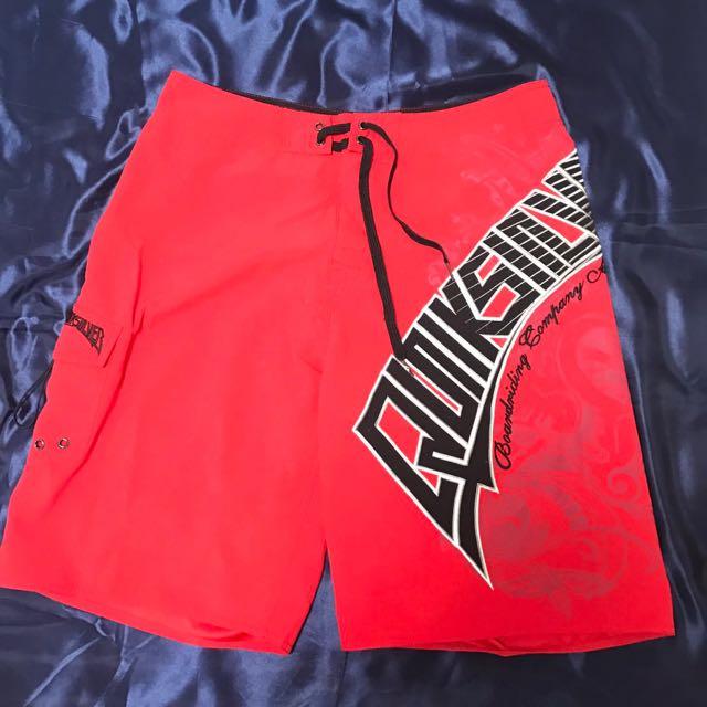 男性 QUIKSILVER 紅色海灘褲 (八成新)