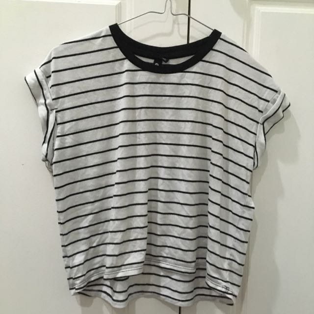 Black And White Stripped Cropped T Shirt