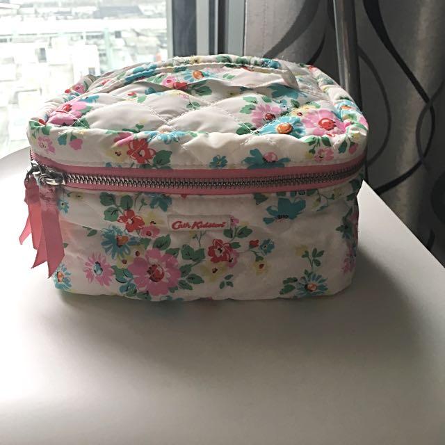 Cath Kidston Cosmetics Bag 旅行最啱