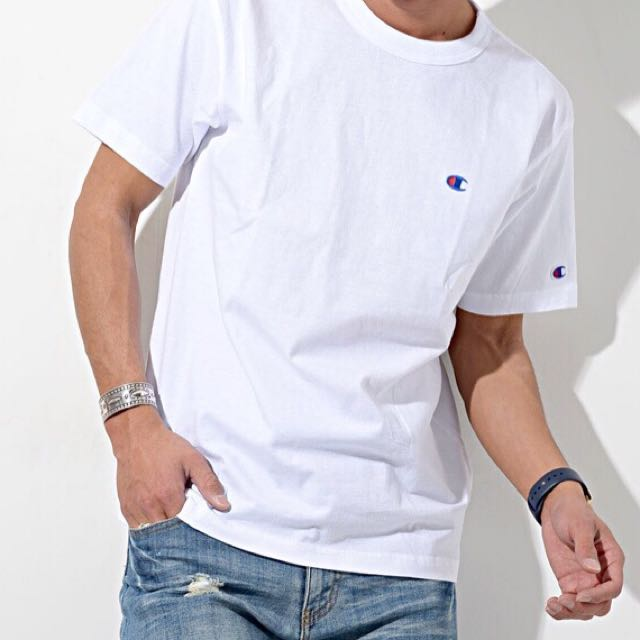 ee9f6f91 🔥Champion Basic Mini Logo Tee🔥, Men's Fashion, Clothes on Carousell