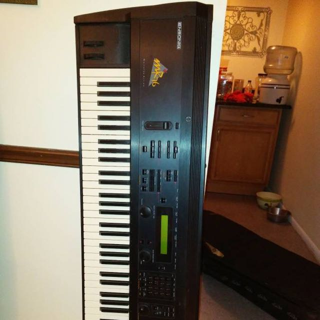 Ensoniq MR76 Keyboard