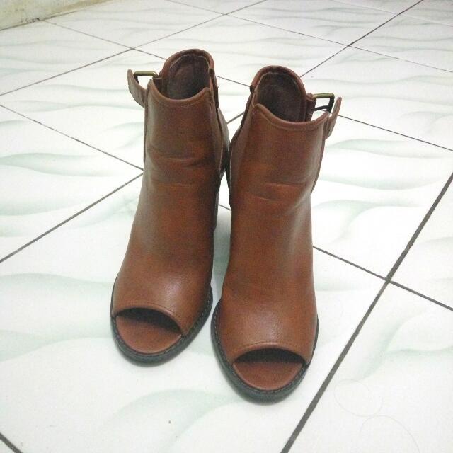 [Turun Harga] Forever21 Brown Boots